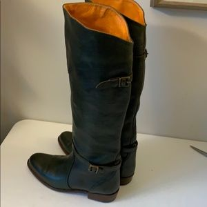 Frye tall huntergreen leather boots, Made in Spain
